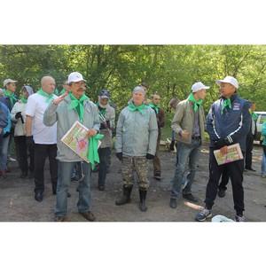 Активисты ОНФ провели в Барнауле экологическую акцию «Парк здоровья вместо свалки»