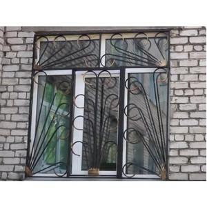 Оконные решетки и металлические двери с функцией защиты
