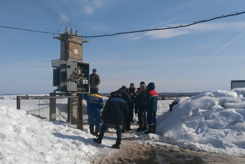 Удмуртэнерго взыскало почти 900 тыс. рублей с потребителя в Воткинском районе Удмуртии