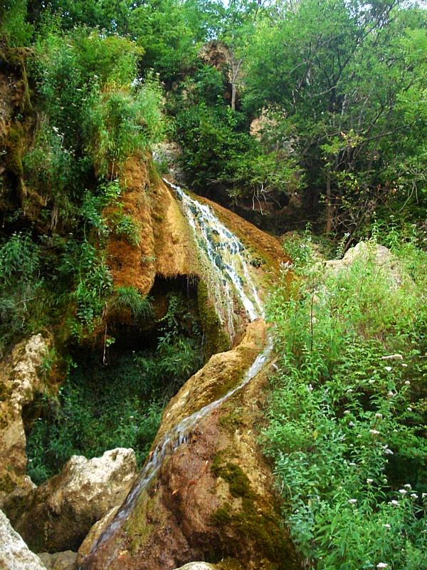 Восемь самых живописных водопадов Крыма