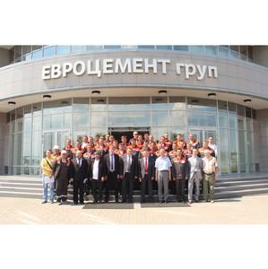 В Корпоративном Университете «Евроцемент груп» прошли обучение энергетики и начальники отделов IT.