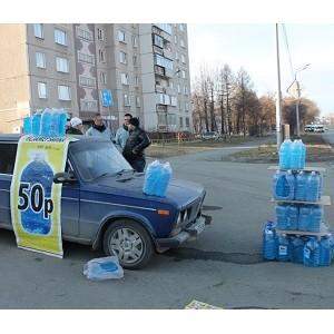 """""""ел¤бинские активисты ќЌ' провели мониторинг точек продажи незамерзающей жидкости"""