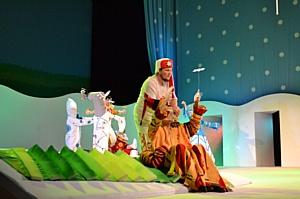 Около 200 детей сотрудников Группы компаний Талтэк посетили новогодний спектакль