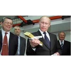 Почему Россия и Китай покупают золото в таких больших количествах?