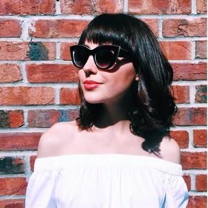 5 способов сочетать летние тренды с очками