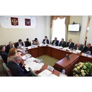 Донские парламентарии ознакомились с особенностями блокчейна и криптовалют