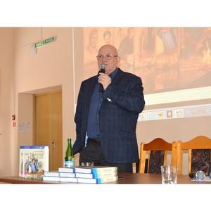 Писатель Александр Лапин: «Каждый день русского человека - борьба»