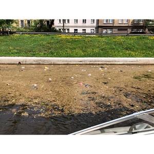 јктивисты ќЌ' провели мониторинг акваторий и береговых линий рек и каналов —анкт-ѕетербурга
