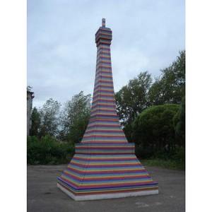Фанере «Свеза» поставили памятник