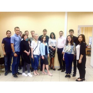Студенты ЮРИУ РАНХиГС приняли участие в школе дебатов ростовской молодежи