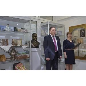 В Тамбовэнерго открылась выставка к 170-летию первого изобретателя лампы накаливания А.Н. Лодыгина