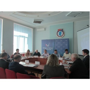 Омские активисты ОНФ предложили пути решения проблемы «брошенных» домов