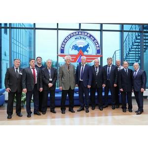 МЦ АУВД чествует первого управленца центра