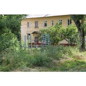 Активисты ОНФ проверили состояние детских площадок в Липецке и Ельце