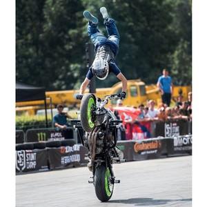 Компания Stunt Buro создала уникальное мотошоу
