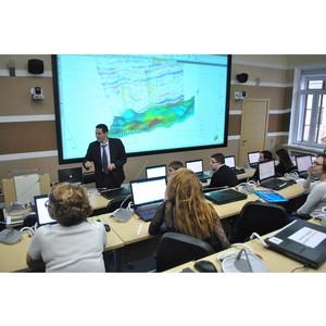 52 специалиста нефтегазовой отрасли завершили обучение в Казанском федеральном университете