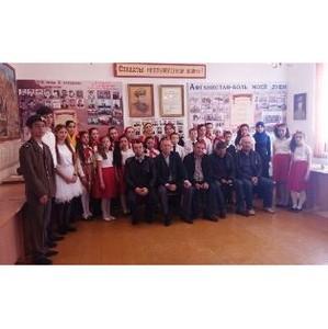 Активисты дагестанского ОНФ провели «урок Победы» в комсомольской средней школе