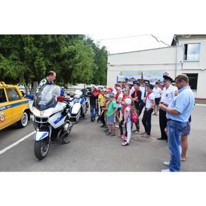 В ГИБДД Зеленограда прошла экскурсия для детей из летнего лагеря