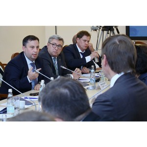 О сложностях без посредников: Общественный совет РЗН работает в регионах