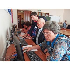 В Тамбовской области пенсионеры продолжают осваивать компьютерную грамотность