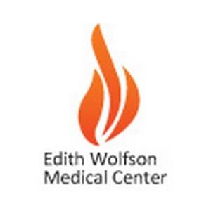 Хирурги медцентра «Вольфсон» используют новую оптическую систему для операций на позвоночнике