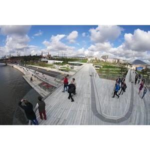 Парящий мост – главная достопримечательность нового московского парка «Зарядье»