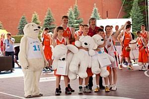 «Астерос» поддерживает молодых звёзд баскетбола