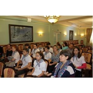 ОНФ в Югре открыл в Ханты-Мансийске фотостудию для детей из многодетных семей