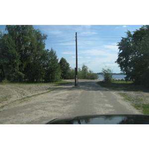 Прокуратура Тюмени по запросу ОНФ проверит дорогу со столбами линий электропередач посередине