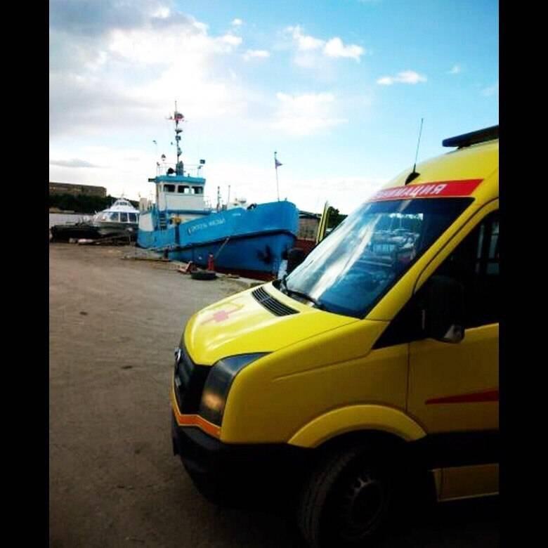 «Петербургская Неотложка» выполнила медицинскую эвакуацию пациента из Приозерска