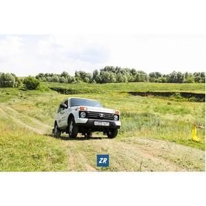 Более 200 «нивоводов» Чувашии 15 июля посетили фестиваль в честь «40-летия Lada 4x4»