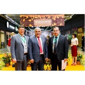 Минсельхоз России, АО «ОЗК» и ЕАДС организовал сессию на выставке «Золотая осень»