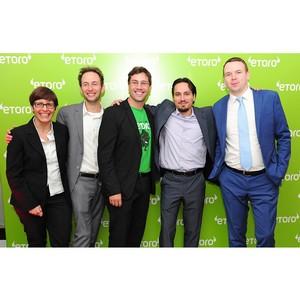 Сбербанк и eToro запускают совместный образовательный проект