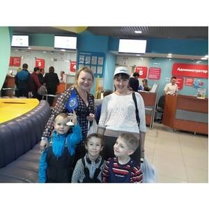 «УОМЗовцы с семьями открывают плавательный сезон 2017»