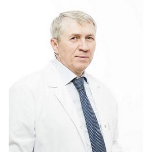 Профессор Геннадий Коновалов: «Знания врача должны работать на пациентов»
