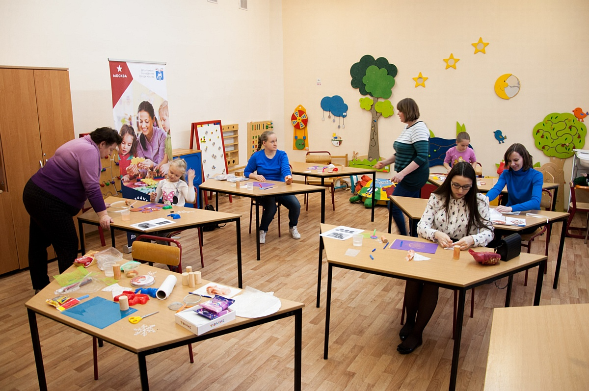 Компания F.I.L.A. Russia и «Глиняная карусель»: обучаем будущих педагогов