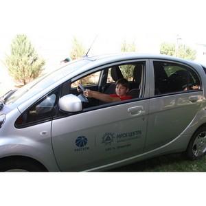 320 белгородских школьников приняли участие в демонстрации электромобиля
