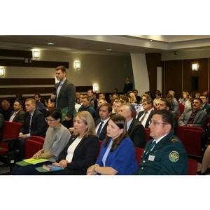 Сибирские таможенники и участники ВЭД обсудили вопросы правоприменительной практики в Томске