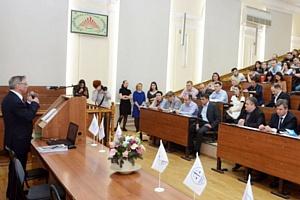 Менять Конституцию РФ или совершенствовать отраслевое законодательство?