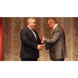 148 работников «Кузбассэнерго  - РЭС» получили награды в связи профессиональным праздником