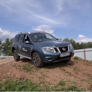 Презентация Обновленного Nissan Terrano от Автоцентра Автон на внедорожной трассе