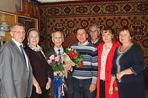 Энергетики Костромаэнерго сердечно поздравили ветерана с 90-летним юбилеем