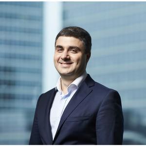 Новым руководителем направления корпоративных финансов CarMoney с 1 июня стал Артем Саратикян.