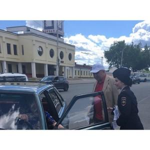 Активисты ОНФ провели акцию «Водитель, сбереги пешехода!» в Костроме, Шарье, Волгореченске и Галиче