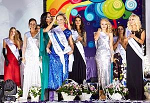 Рыжеволосая красавица из Ульяновска представляла город на конкурсе красоты «Мисс Офис – 2013»