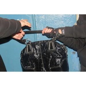 Оперативники уголовного розыска Зеленограда задержали подозреваемого в грабеже