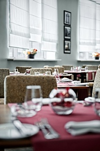 Новое меню в ресторане Red & White