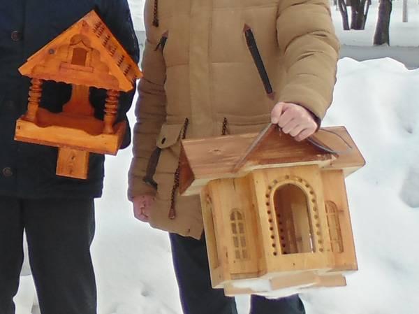 Эксклюзивные кормушки для птиц осужденные ИК-41 сделали для городского парка Юрги