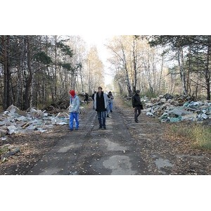"""""""ел¤бинские активисты ќЌ' провели рейд в рамках ЂЎколы общественных экологических инспекторовї"""