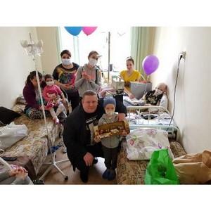 Подарили детям счастье! В Уфе прошла благотворительная акция